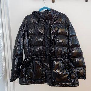 Gap puffer jacket in shiny black